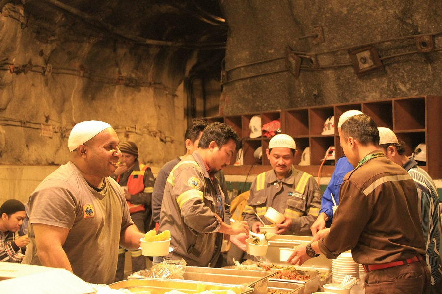 Muslims in Jobsite Celebrate The Holy Month of Ramadan