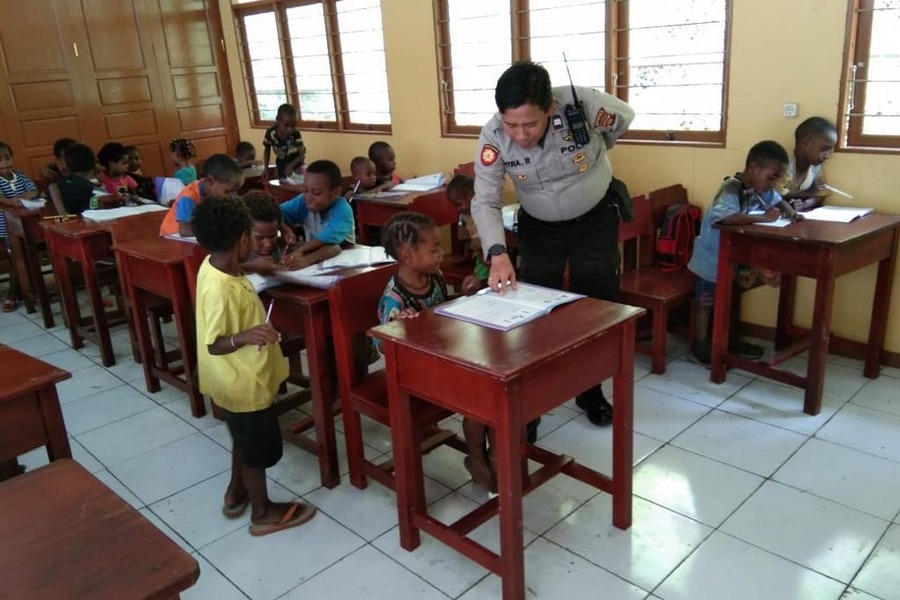 Children from Banti Village are back in school