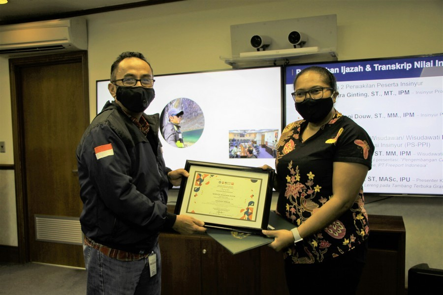 In Midst of Pandemic, 20 PTFI Engineers are Awarded the Title of Professional Engineer